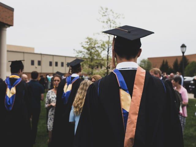 Продолжайте оплачивать свои ссуды, пока студенческий долг фактически не будет аннулирован