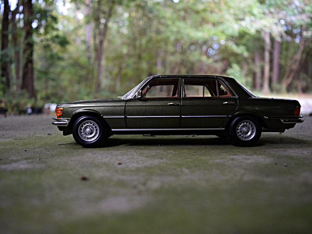 1976 Mercedes-Benz 450 SEL 6.9 by Norev