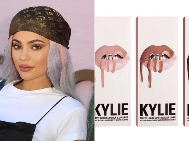 La línea de cosméticos de Kylie Jenner no está a la par con el Better Business Bureau