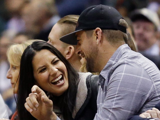 Aaron Rodgers And Olivia Munn Have Reportedly Broken Up