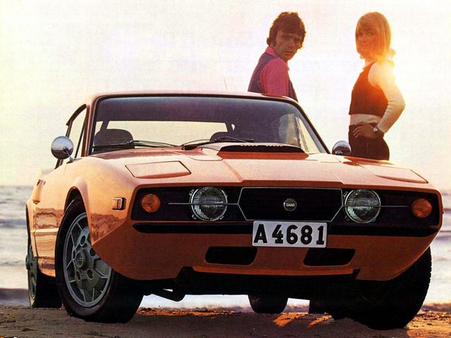 Every day is a trip to the beach when you drive a Saab Sonett