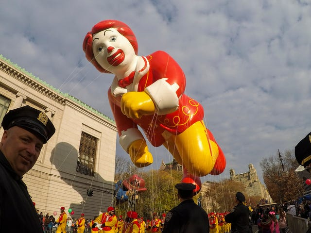 The Macy's Thanksgiving Day Parade Sucks and Nobody Should Watch It<em></em>