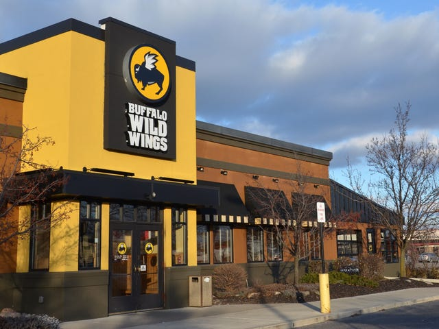 Buffalo Wild Wings Employees Fired After Racist Seating Incident