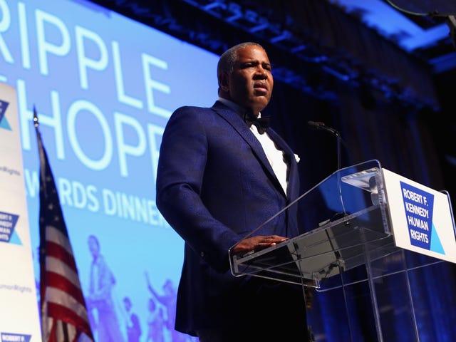 Black Billionaire Robert F. Smith donerer $ 1,5 millioner til Morehouse College