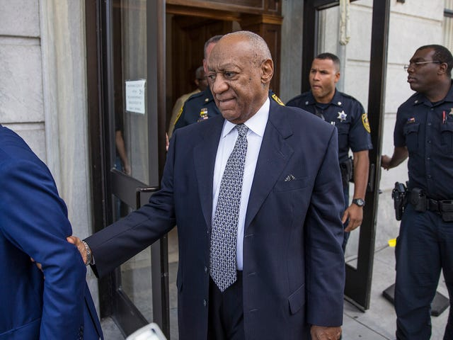 Bill Cosby's Lawyers Demand Recusal Because Judge's Wife Supports Rape Victims