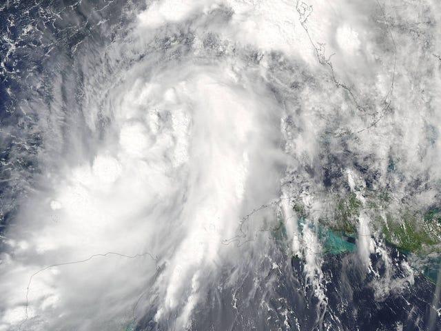 La Floride est sur le point de subir son premier ouragan après plus d'une décennie