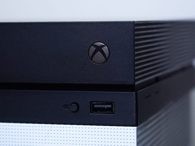 Xbox One Borked Until Further Notice Due to Issues With Xbox Live [Update: It's Fixed]