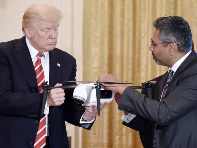 Trump Administration Taps Google, Passes on Amazon and DJI for Drone Pilot Program