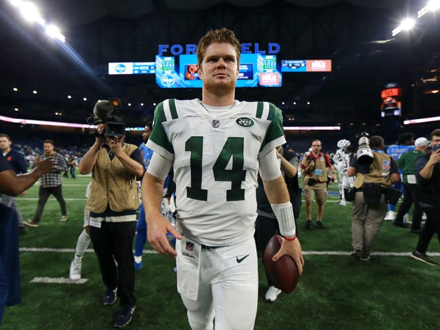 This Daily NewsSam Darnold Cover Is Terrible; I'm Dying