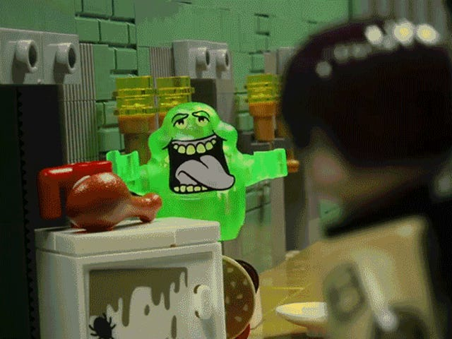 This Stop-Motion Lego <i>Ghostbusters </i>Remake Is Full of Delightful Cameos