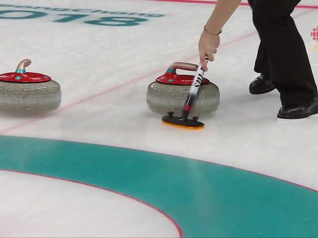 Il curling canadese Skip riceve la giustizia karmica