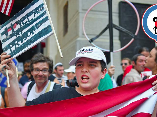 Cuộc biểu tình của Bernie Sanders vào ngày 1 của DNC đầy mồ hôi, cỏ dại và những lời sáo rỗng bảo thủ