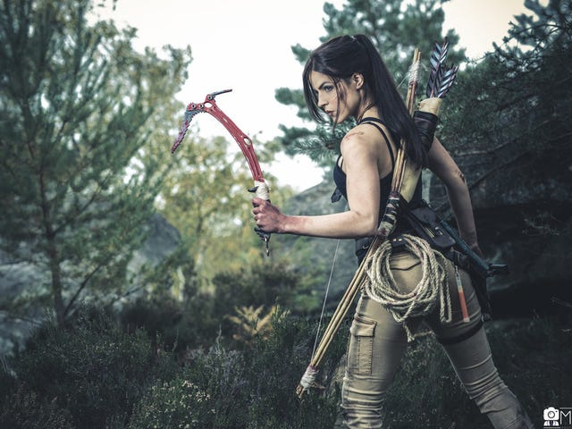 This Rise of the Tomb Raider Cosplay is On Point