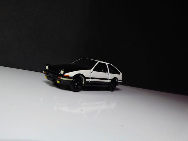 Hot Sixty 4th: A familiar looking AE86?