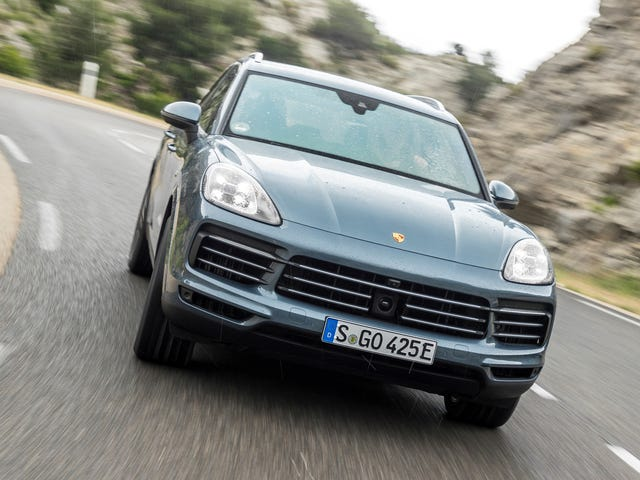 The Upcoming Porsche Cayenne Turbo S E-Hybrid Could Make Over 670 HP