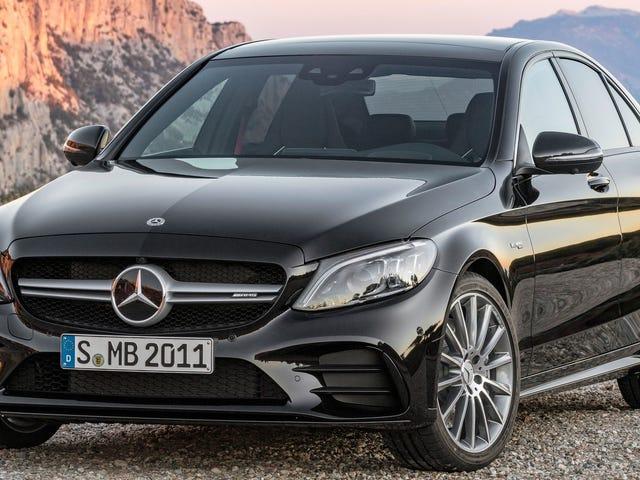 Nämä ovat parhaat yhden vuoden ikäiset luksusautot, jotka tulevat kaupankäynnin kohteeksi vuonna 2019