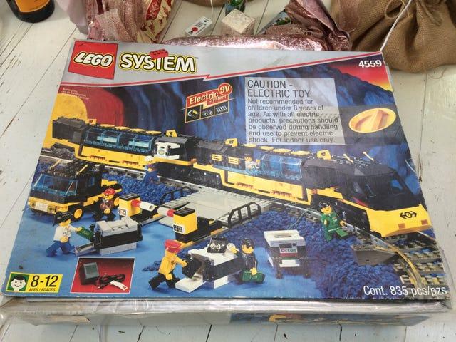 New-to-me LEGO Treasure