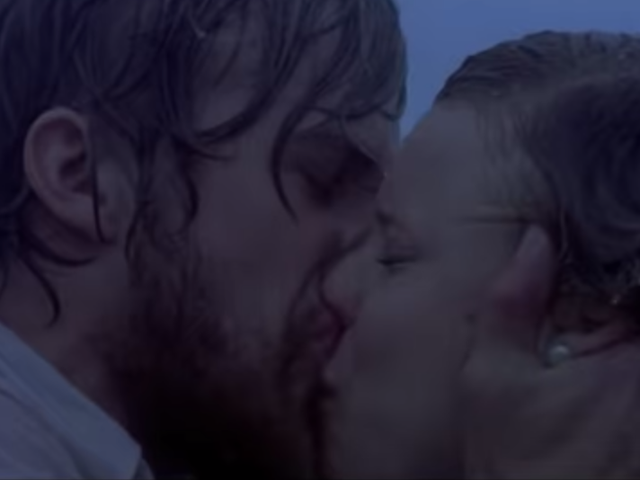 Netflix UK changes ending of The Notebook, it goes over about as well as you'd expect