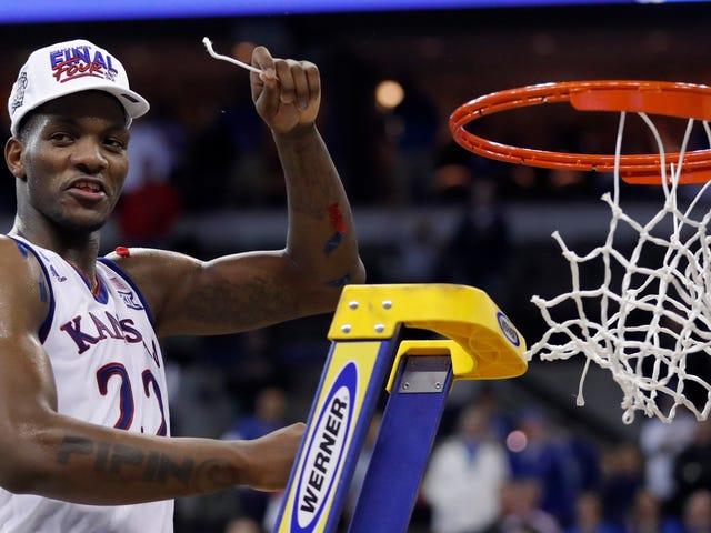 NCAA sallii Kansas'in Silvio De Sousan palata toisen palkitsemattoman koripallon kauden