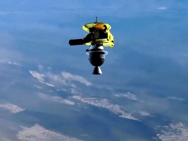 Hymn Briana Maya dla sondy New Horizons jest naprawdę wart słuchania