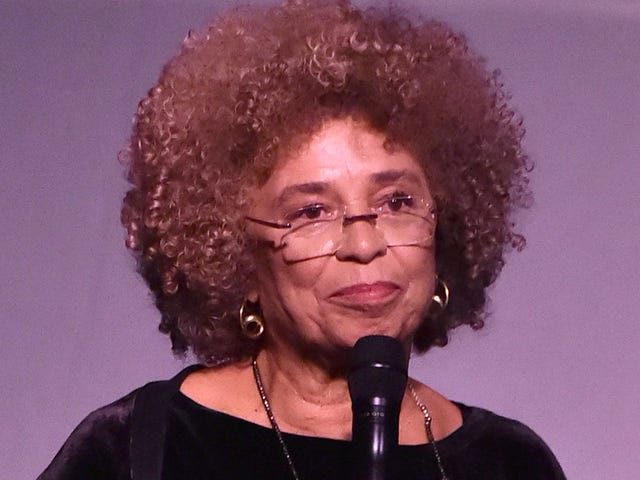 Backlash Grows After Civil Rights Institute Reneges on Angela Davis Honor