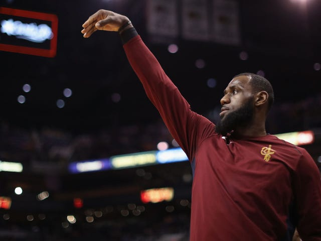LeBron James Has a Biomechanist. Do You Have One? I Don't