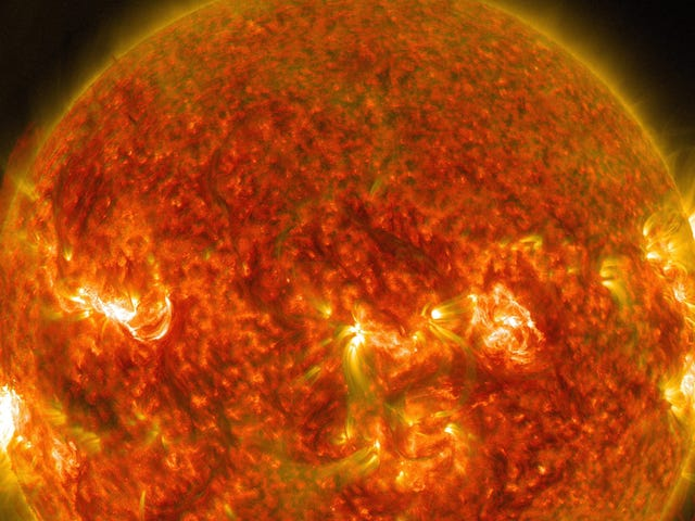 Traces of Giant, 2,700-Year-Old Solar Storm Detected in Greenland Ice