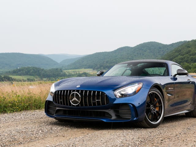 """The 2018 Mercedes-AMG GT R Is An Evil Voice In Your Head That Says """"Go Faster"""" When You Really Shouldn't"""