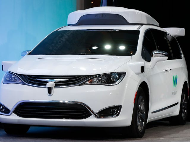 Google Engineer Dismissed the Importance of Stolen Self-Driving Car Documents