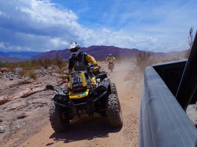 Het was dom om in een woestijnrace te rijden met onverzorgde verhuur, ik weet het nu