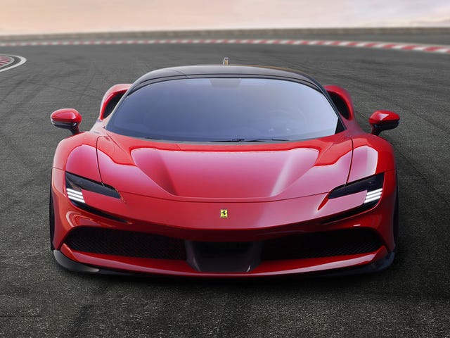 The Ferrari SF90 Stradale Has 986 HP and All-Wheel Drive