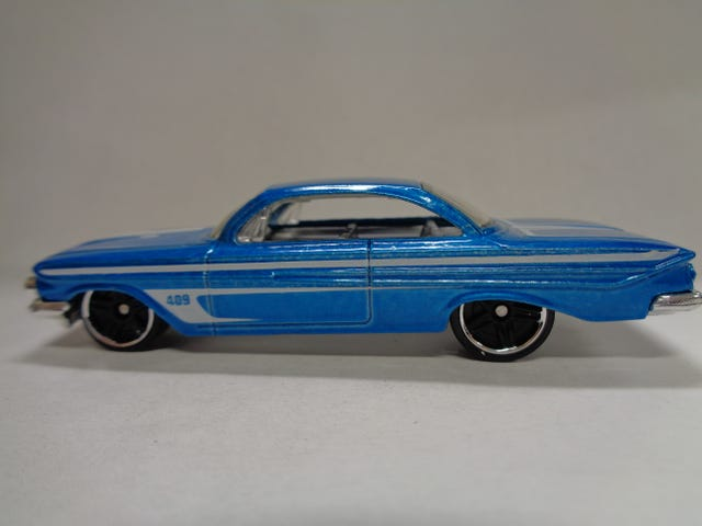 '61 CHEVROLET IMPALA BY HOT WHEELS