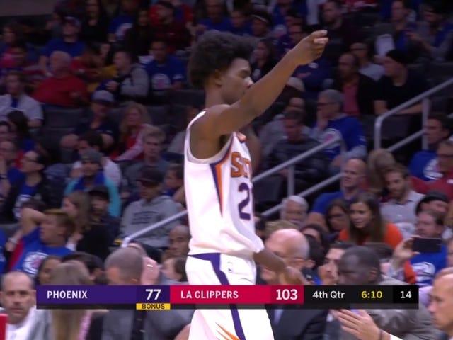 NBA Fins Josh Jackson $ 35K pour faire le geste de pistolet «menaçant» au ventilateur