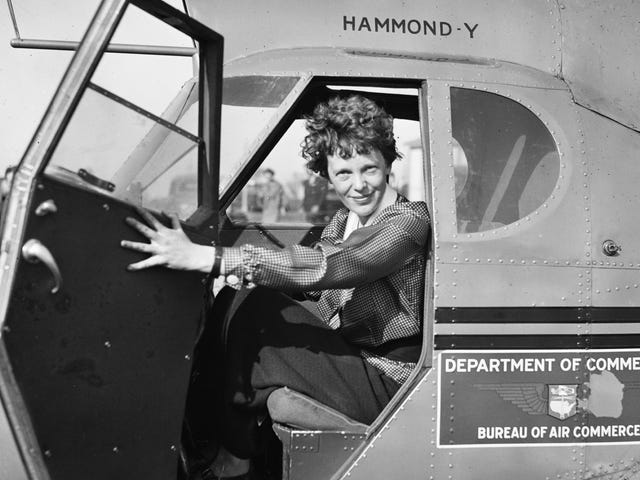 Forensic Scientist Claims to Have Solved the Amelia Earhart Mystery