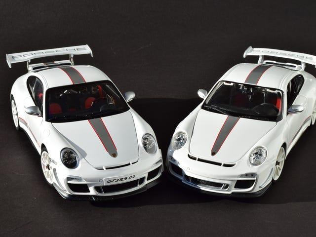 RennSport Battle: 997 911 GT3 RS 4.0, AUTOart v. Bburago