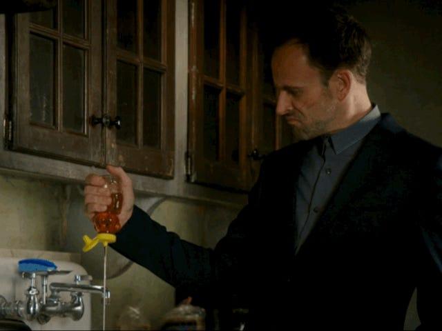 Sherlock Dumps Father, Honey in Latest Elementary