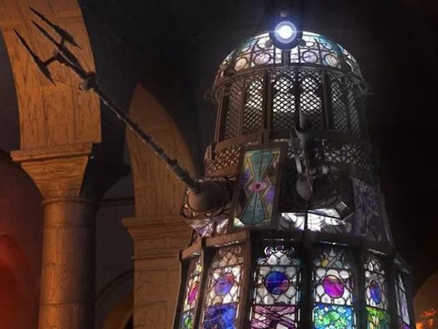 이 화려한 스테인드 글라스 Dalek은 'Exterminate'로 'Excommunicate'할 수있는 것과 똑같습니다.