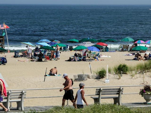 新报告发现,美国海滩的污水污染非常严重,它们往往对游泳不安全