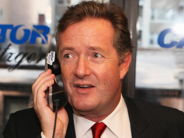 Ο Piers Morgan δεν φαίνεται να καταλαβαίνει πώς λειτουργούν τα iPhones
