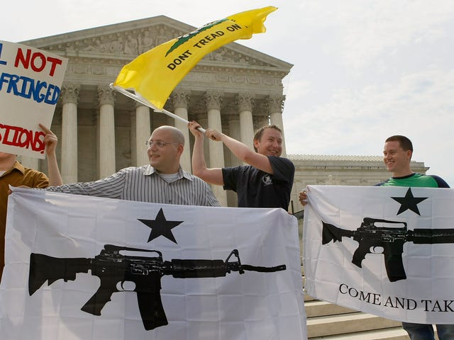 Afortunadamente, el rally de derechos de armas termina pacíficamente en Virginia