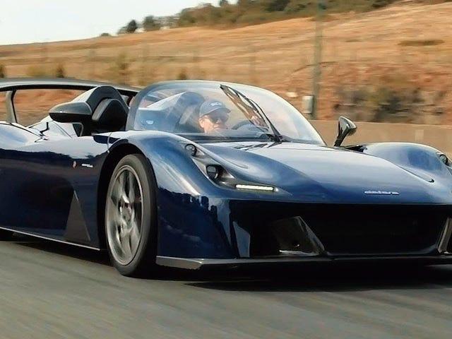 Dallara Stradaleは、レーシングショップがフォードフォーカスRSエンジンと何をしているのですか?