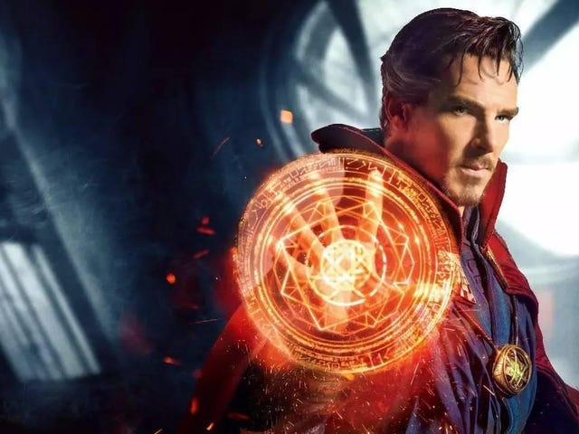 Using Holograms to Create Doctor Strange's Spells Is Next-Level Cosplay