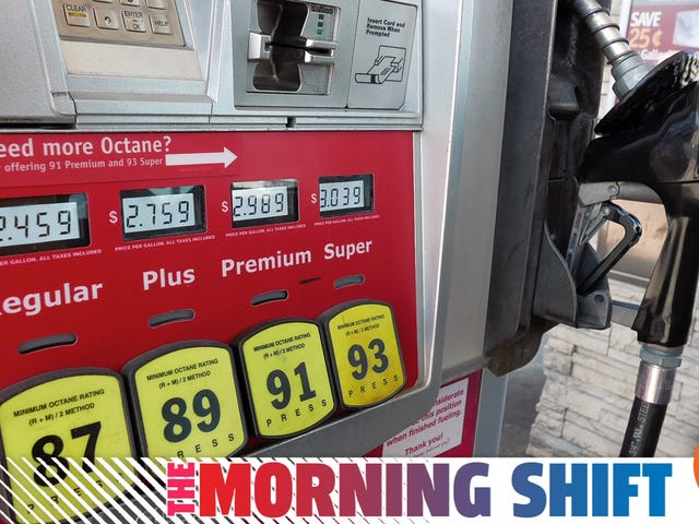 Gas Stations Across The Country Are In A Mad Rush To Add Credit Card Chip Readers To Pumps