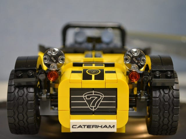 The Caterham Seven 620R: A Review