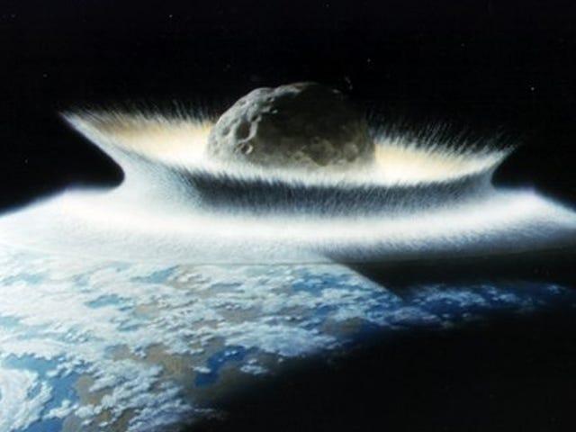 Các nhà thiên văn học trên khắp thế giới đang đào tạo trong trường hợp một tiểu hành tinh khổng lồ đe dọa Trái đất