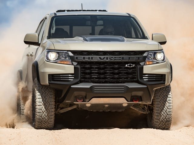 The 2021 Chevrolet Colorado ZR2 Gets A Mean New Face And A Cool Old-School Tailgate