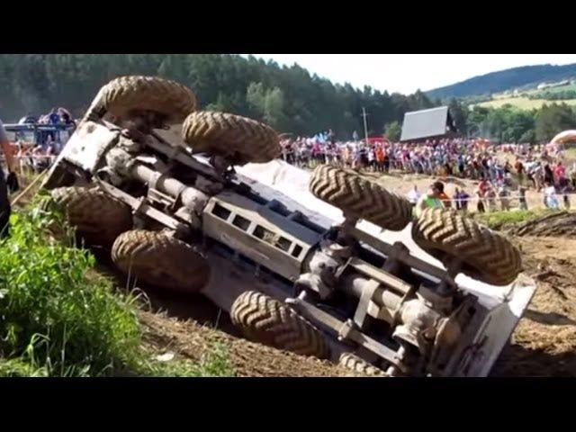 Ang mga Real Monster Trucks ay Nagsasagawa ng Offroad Trials