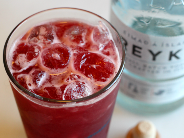 3-Ingredient Happy Hour: Cherry Orchard Breeze