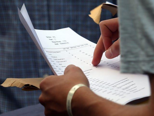 California High Schooler ändert Noten nach Phishing-Lehrer, erhält 14 Felonies für seine Bemühungen