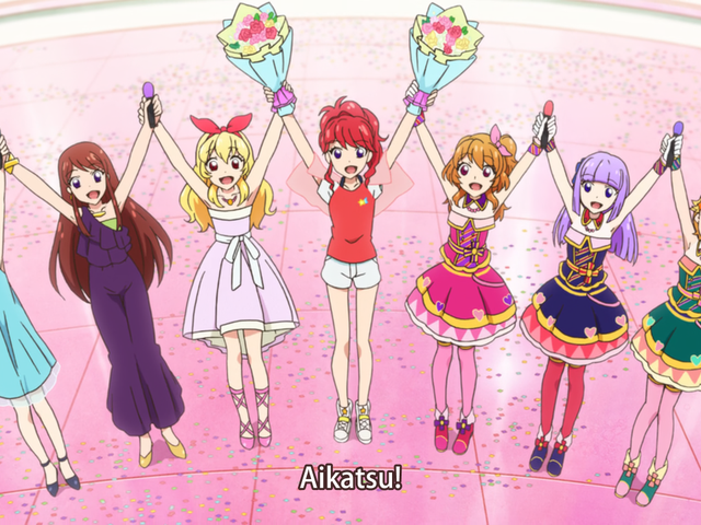 Here it is the new trailer of Aikatsu Stars! Movie